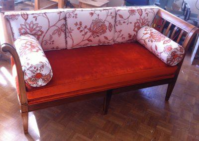 divan-rouge